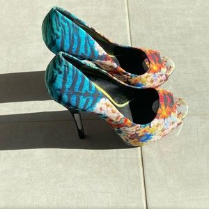 Floral patterns high heels platforms from Aldo